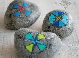 Travel Stone / Compass